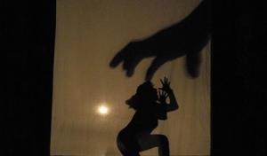 'Cincuenta sombras de Grey' alienta la violencia sexual y el abuso emocional de la mujer