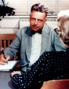 Dr. A. Kinsey: un hombre que contribuyó a deformar nuestra mirada sobre la mujer y sobre una sexualidad verdaderamente humana